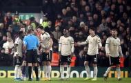 Man Utd thua nhạt, huyền thoại cay đắng: 'Họ tới với CLB là vì tiền'