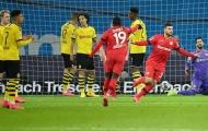 Bị ngược dòng cay đắng, NHM Dortmund điên tiết: '2 cái tên đó phải biến ngay'