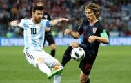 Huyền thoại M.U lên tiếng, Messi và Modric chuẩn bị về một nhà
