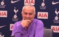 'Bom tấn' Tottenham 'lười nhớt thây', Mourinho phản ứng gây choáng