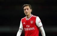 Fan Arsenal phấn khích: 'Mua cậu ta ngay. Sự thay thế lí tưởng cho Ozil'