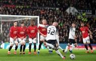 Rooney bị Romero làm 'nản lòng' 2 lần, con trai phản ứng khó tin