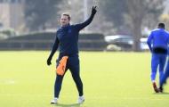 Lampard vã mồ hôi rèn giũa từng động tác cho học trò