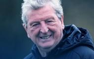 CHÍNH THỨC! HLV cao tuổi nhất lịch sử Premier League có hợp đồng mới