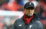 CĐV Liverpool: 'Hắn ta chạy còn chậm hơn trọng tài; Hãy loại tên đó ra khỏi đội hình'