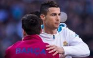 Messi lập kỷ lục, Barca không quên 'cà khịa' Ronaldo