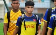 Nghi nhiễm Covid-19, sao U23 Việt Nam suýt bị cách ly khi có dấu hiệu sốt