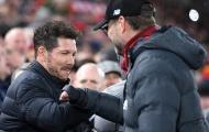 SỐC! Xin bắt tay, CĐV Liverpool bị Klopp chửi thẳng mặt