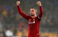 Các cầu thủ Liverpool hành động ý nghĩa giữa mùa dịch