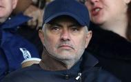CHOÁNG! Mourinho quá đặc biệt, có hành động bất ngờ giữa tâm dịch