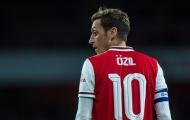 Chi 50 triệu euro, Arsenal có 'nhạc trưởng' thay thế Mesut Ozil