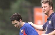 Iniesta: 'Ông ấy là một HLV rất quan trọng với tôi, người cho tôi ra mắt Barca'