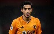 Raul Jimenez có gì hơn các tiền đạo Man Utd?