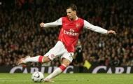 Cựu 'thần đồng' Arsenal: 'Tôi định đi bóng, nhưng sợ Henry và Bergkamp hét vào mặt'