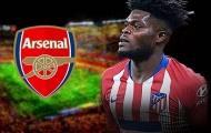 Quyết có 'quái thú trung tuyến', Arsenal dùng tuyệt chiêu nhân 3