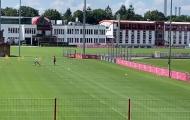 Robben tái hiện hình ảnh 'cut inside' kinh điển trên sân tập Bayern