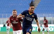Smalling mắc lỗi nghiêm trọng, Roma thua đau Milan