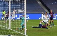"""Raumdeuter đích thực trở lại, xứng danh """"cơn ác mộng"""" của Barcelona"""