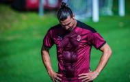 Gia hạn với Milan, Ibra khiến NHM nể phục ở tuổi 38