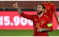 Tây Ban Nha đại thắng, Ramos nối dài kỷ lục đáng nể