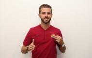 CHÍNH THỨC: Tin vui nối tiếp, Barca ra mắt 'nhạc trưởng' thay Iniesta