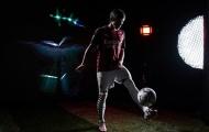 Mới đến Milan, 'Pirlo 2.0' đã đắm chìm trong vinh quang và bóng tối