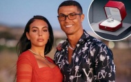 Quá hào phóng, Ronaldo bước lên đỉnh làng túc cầu