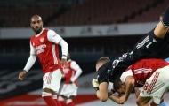 Đè đầu cưỡi cổ Ceballos, sao Arsenal suýt gãy cổ