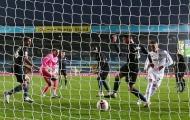 Ederson mắc sai lầm, Man City chia điểm nghẹt thở trước Leeds United