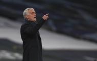 Gã khổng lồ chốt tương lai 'đá tảng' 50 triệu, Mourinho mừng thầm