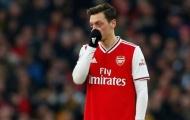 David Ginola: 'Năm tới, Arsenal nên mua cậu ấy thay Ozil'