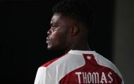 Học hỏi Depay, Thomas Partey không để họ trên áo đấu Arsenal?