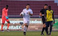 Luis Suarez 'nổ' cú đúp muộn, không kịp cứu Uruguay thoát thua trước Ecuador