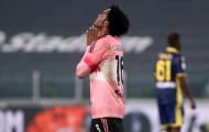 Juventus quá đen, Pirlo để lộ vẻ mặt thất thần