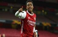 'Cầu thủ Arsenal đó chẳng biết đứng ở đâu trên sân'