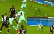 Tuyệt kỹ 'vua bọ cạp' xuất hiện gây chấn động Bundesliga