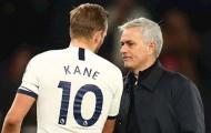 Chứng kiến một Tottenham thăng hoa, Neville nói 1 điều về Mourinho