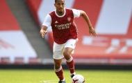 Saliba 'sa lầy' ở Emirates, người cũ Arsenal mách nước bất ngờ