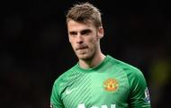 Neville nói lời phũ phàng về 'kẻ đe dọa' De Gea ở Man Utd