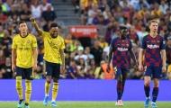 Aubameyang sa sút, chuyên gia ngầm đổ lỗi cho Mesut Ozil