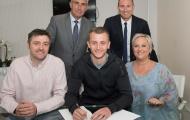 Watford gia hạn thành công với sao trẻ của Anh