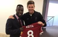 Naby Keita: 'Steven Gerrard đã trao áo số 8 cho tôi'