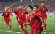 """Cộng đồng mạng đưa ĐT Việt Nam """"lên mây xanh"""" sau trận thắng Malaysia"""