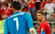 Thủ môn Iran khuất phục được Ronaldo nhưng có thể đánh bại Quang Hải?