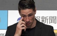 Torres xúc động rơi nước mắt trong ngày thông báo treo giày