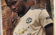 Mặc tin đồn bủa vây, Pogba tươi tắn diện mẫu áo sân khách mới toanh