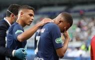 Đối thủ ở C1 nói gì khi Mbappe chấn thương nặng?