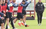 Jose Mourinho, Mata rạng rỡ trong buổi tập đầu tại MU