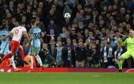 Không cải thiện hàng thủ, Man City đừng mơ vô địch Champions League