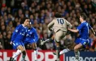 Ngày này năm xưa: Ronaldinho lắc hông ghi bàn kinh điển